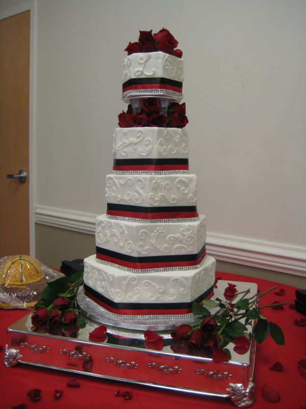 Five Tier Hexagon Wedding Cake Stacked With Corners Offset