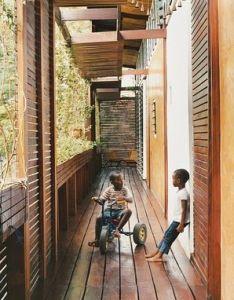 Privacy screening architect joe osae addo   self designed home in ghana wraparound balcony also rh pinterest