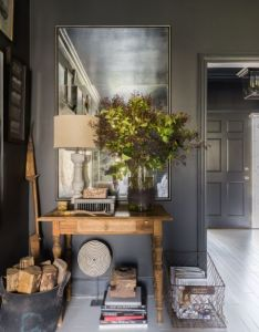 Find this pin and more on home interior designs also dark hues take over country house in east memphis rh pinterest