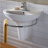 Supersize Your Small Bath with These 8 Pro Tips | Wall ...