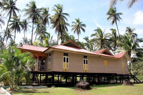 Malay Traditional House Design Amazing Batam In Indonesia Home