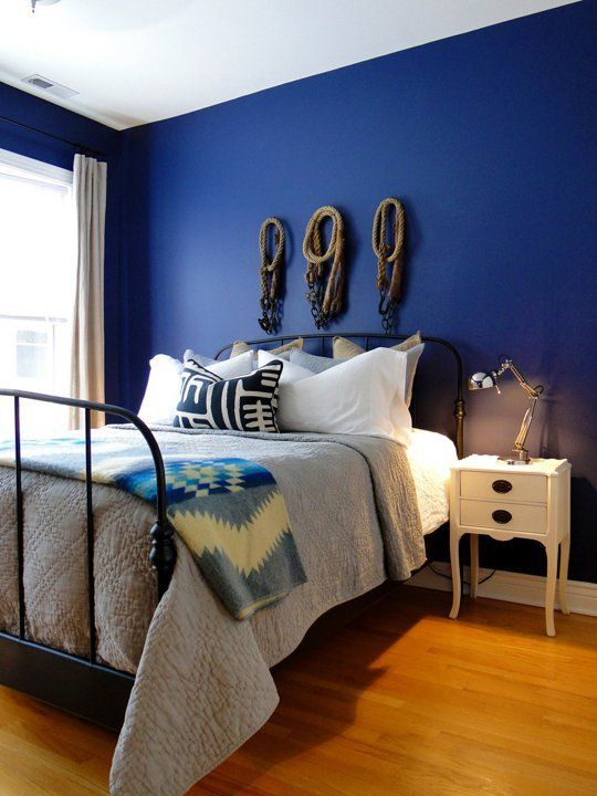 20 Bold Beautiful Blue Wall Paint Colors