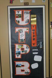 Teachers at Crockett Jr. High held a college door ...