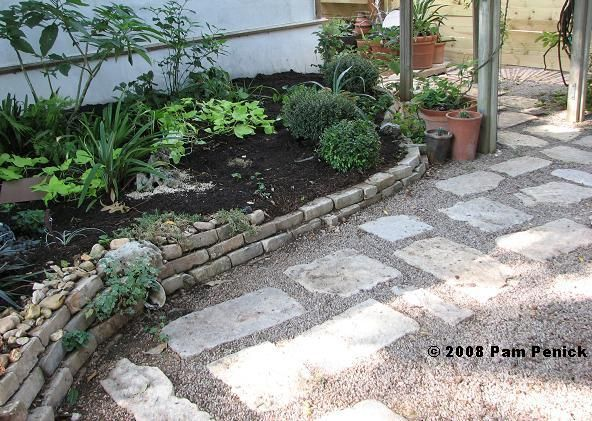 This Is What I Want For Our New Yard Pea Gravel And Limestone