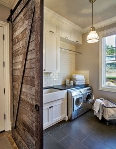 Laundry room also fabulous farmhouse rooms traditional interior rh pinterest