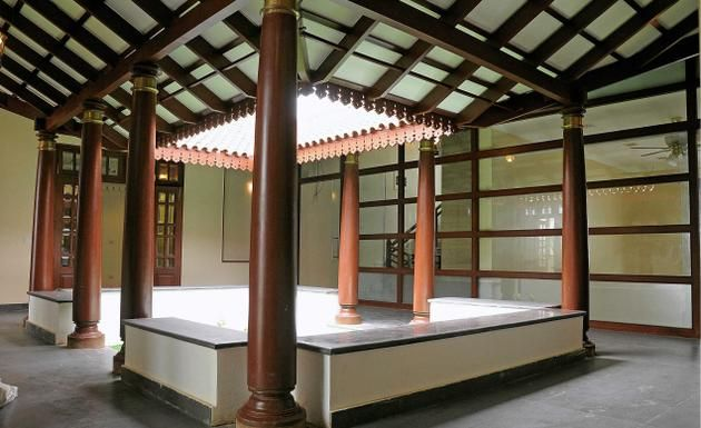 TRADITIONALLY MODERN The Open Space Inside A House Is Still A