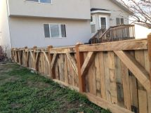 Pallet Fence Find Volunteers With