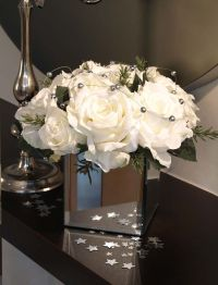 Roses and Silver Balls in Mirrored Vase | RTfact ...