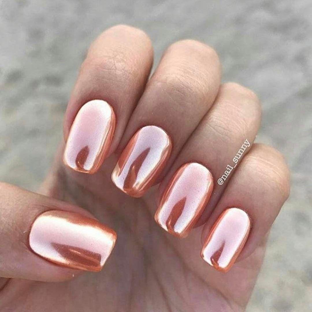Rose gold summer nail art. Shiny metallic stunning nail