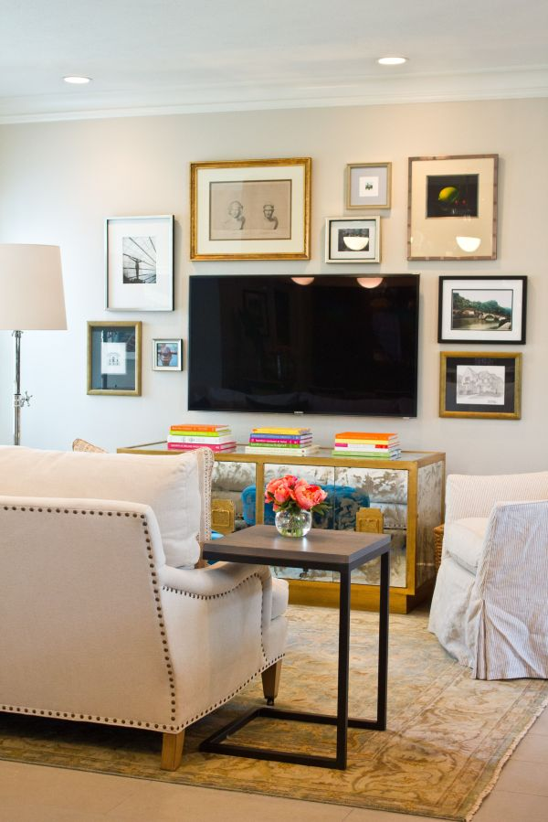 Balanced Wall With Gold Frames Tv