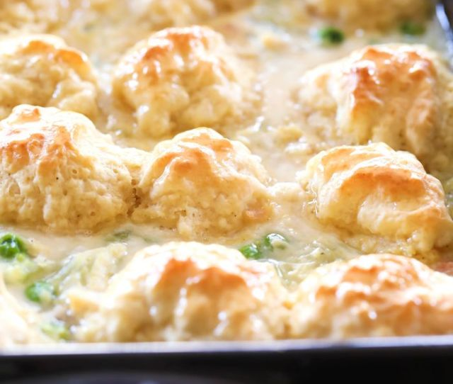 Chicken And Dumpling Casserole This Meal Is So Simple And Full Of Flavor