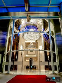 Luxury Entrance St. Regis Hotel Singapore