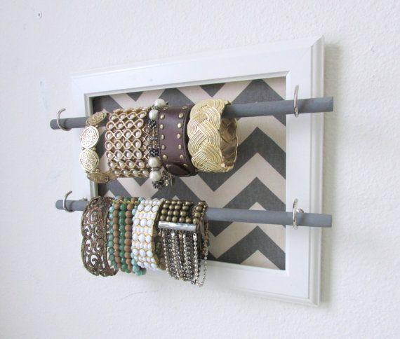 Best 25 DIY Necklace And Bracelet Holder Ideas On