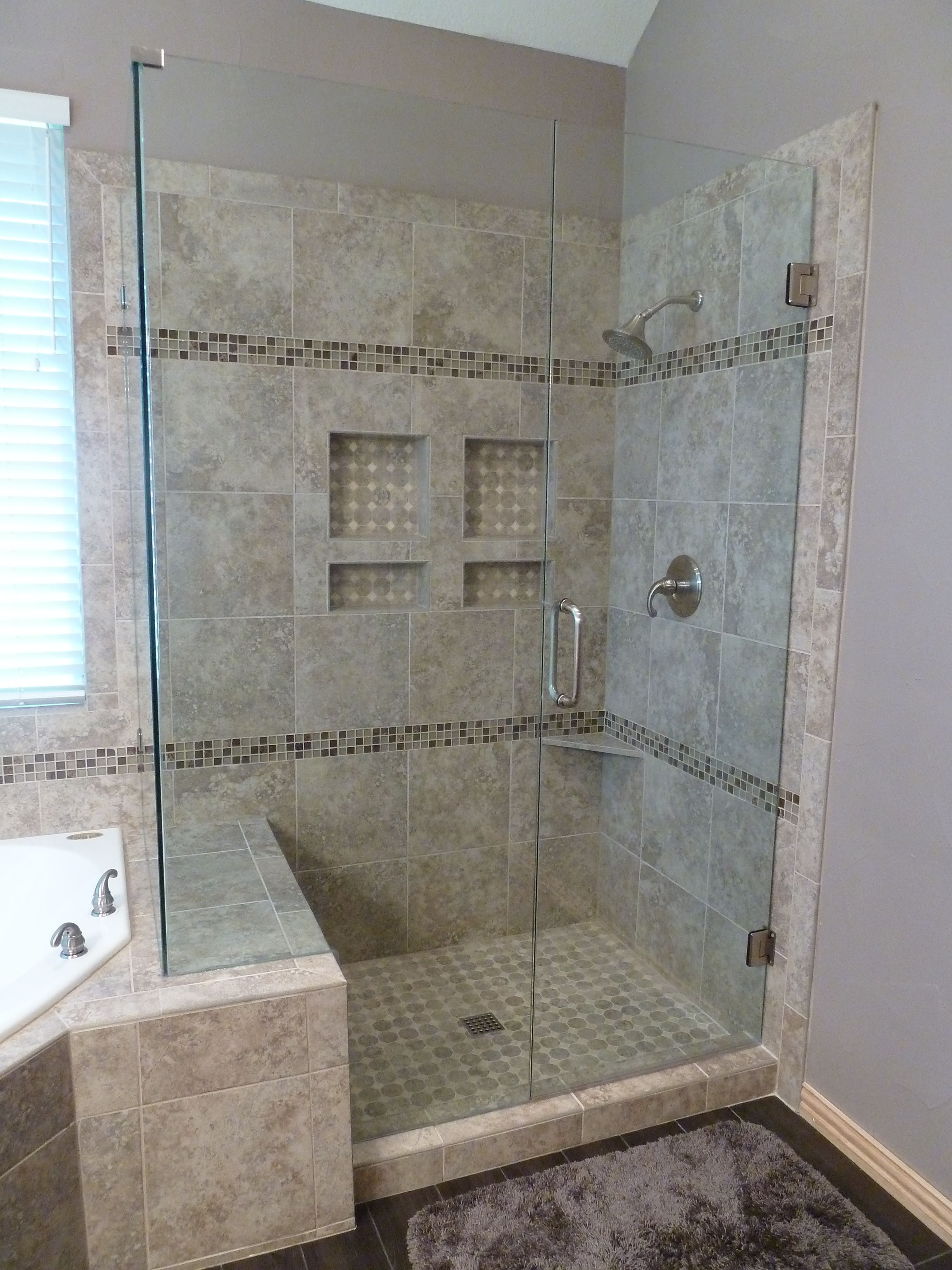 LOVE thislook a the gained space by going over to the tub side just a littleWe could do