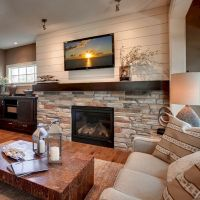 45 Modern Family Room With Beautiful Stone and Shiplap ...