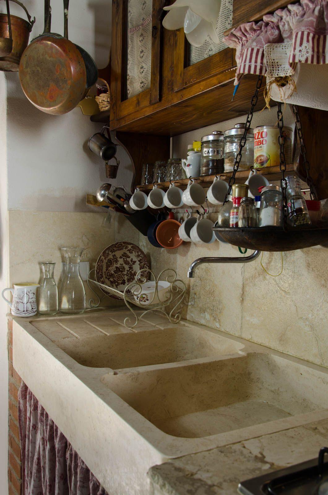 lavabo in travertino massello cucina stile rustico shabby