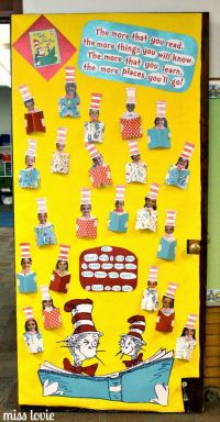 Miss Lovie: Dr. Seuss Door Decoration: I Can Read With My