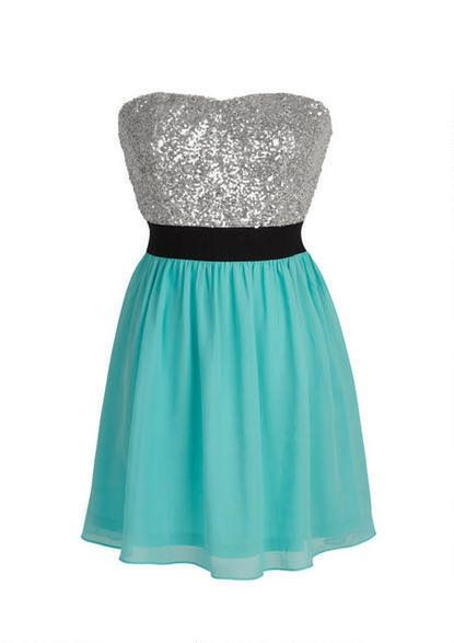 Beautiful dress with a teal bottom sparkly black belt