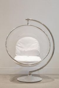 Ornament egg chair....love it, so simple...unless you can ...
