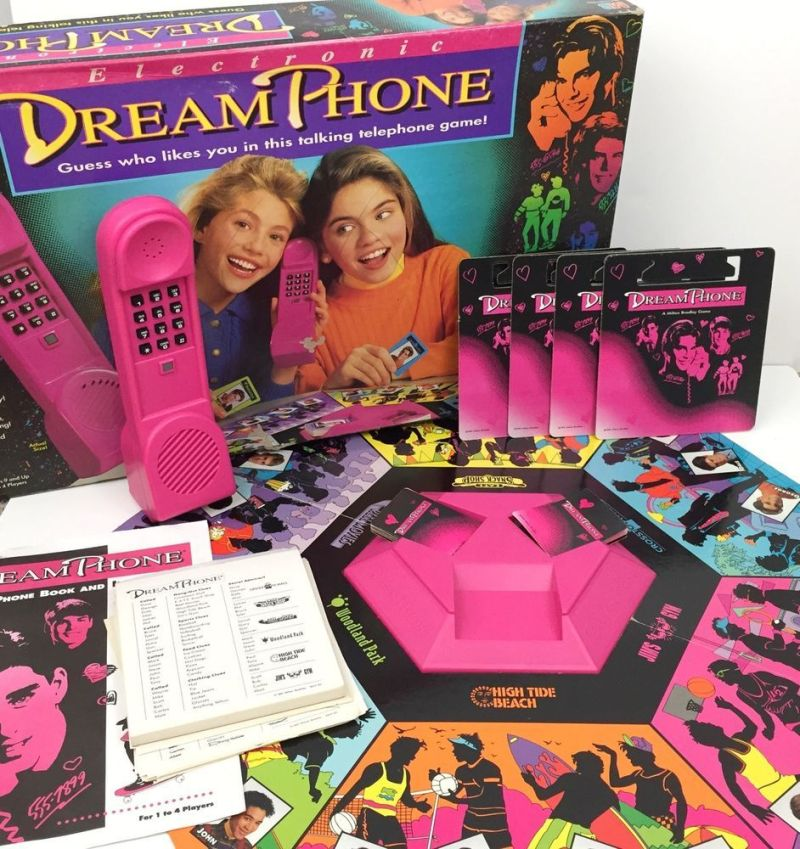 Electronic dream phone board game tested complete vintage