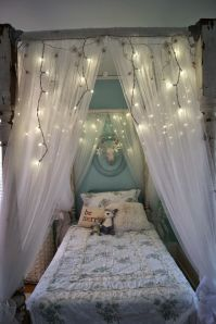 Ideas for DIY Canopy Bed Frame and Curtains | Canopy bed ...