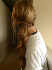 cool hairstyles in ponytail