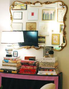 Interiors also little green notebook skirt for white shelf vignettes rh pinterest