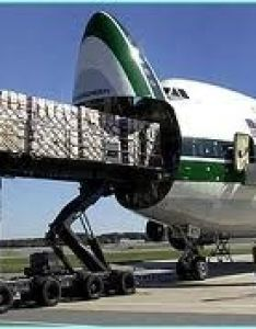 Evergreen international airlines boeing freighter also rh pinterest