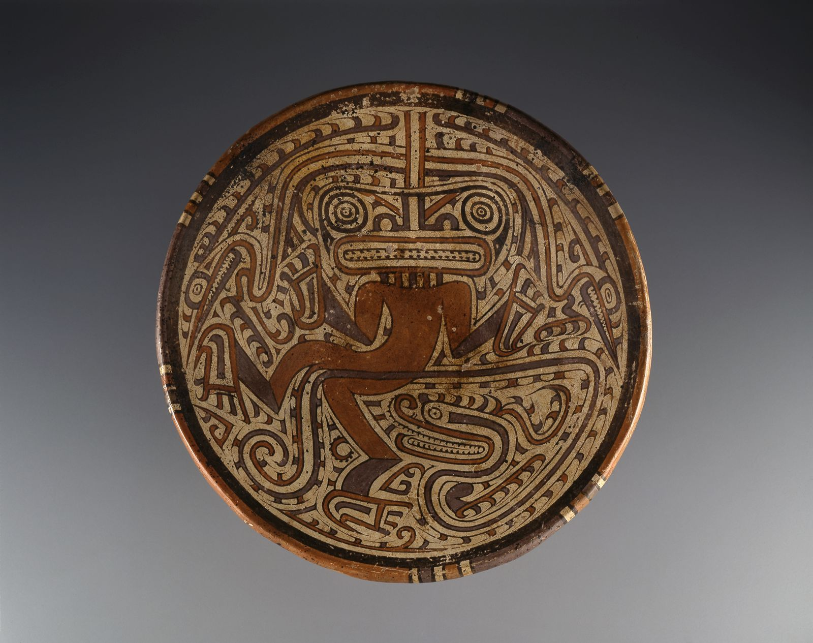 Pedestal Plate With Serpent And Reptile Human Figure 600