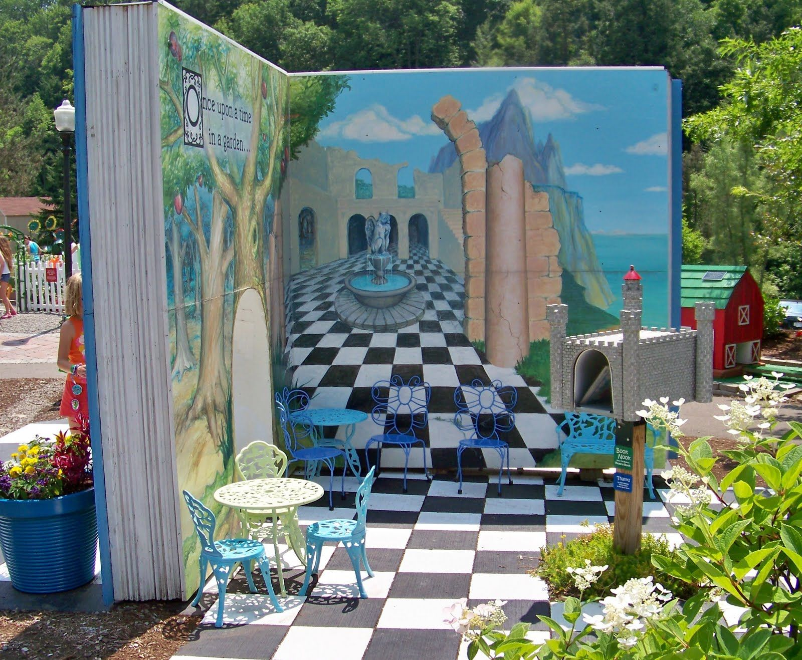 Alice In Wonderland Props Gallery Of Alice In Wonderland Garden