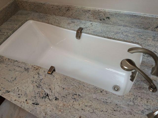Kohler Maestro Undermount Tub with Celo De Marfil Granite