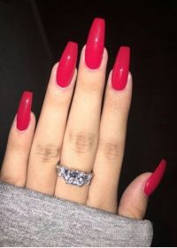 Glossy red nails | Coffin nails and pointy nails ...