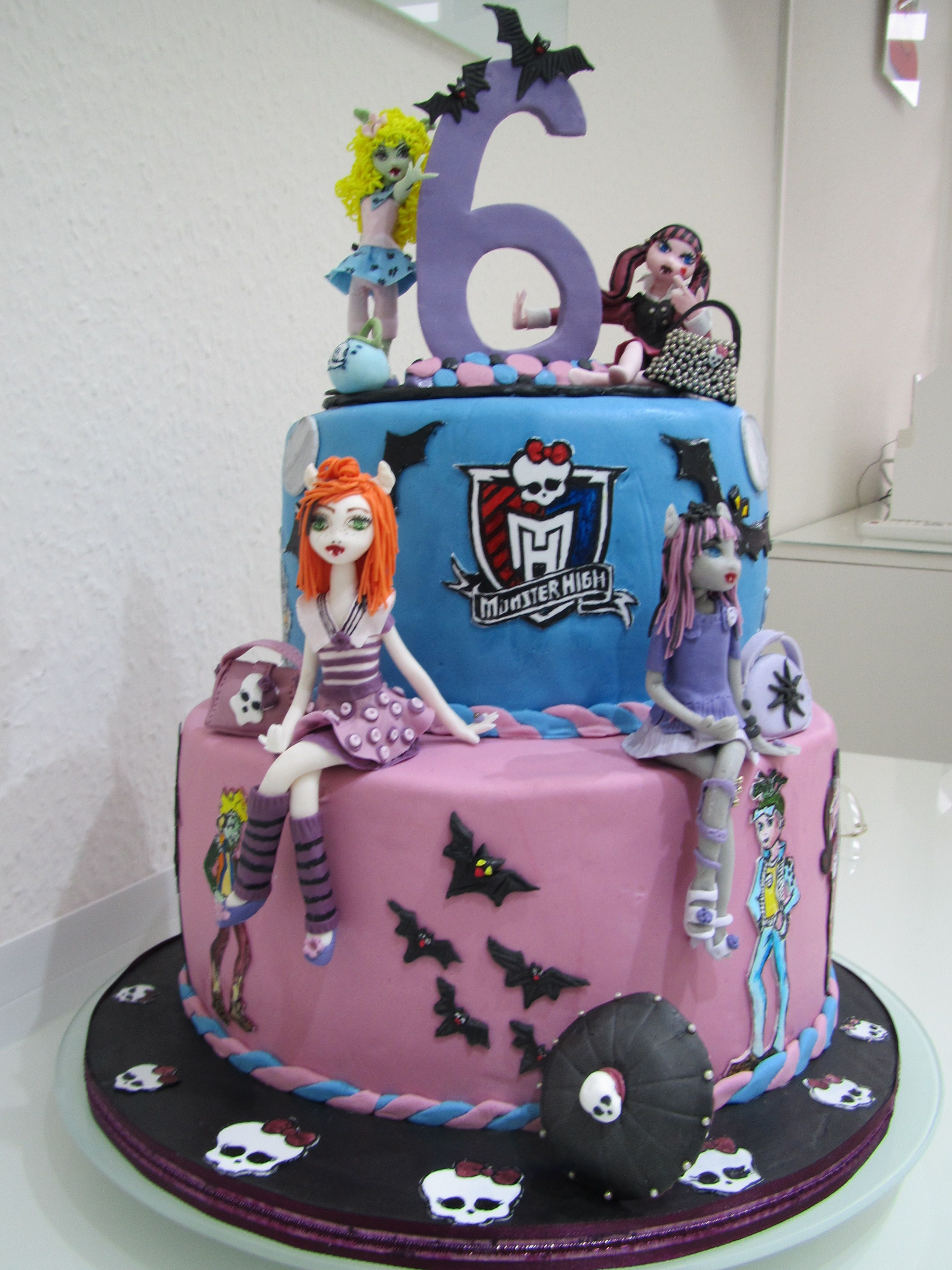 Childrens Birthday Cakes  Monster High Torte fr 6