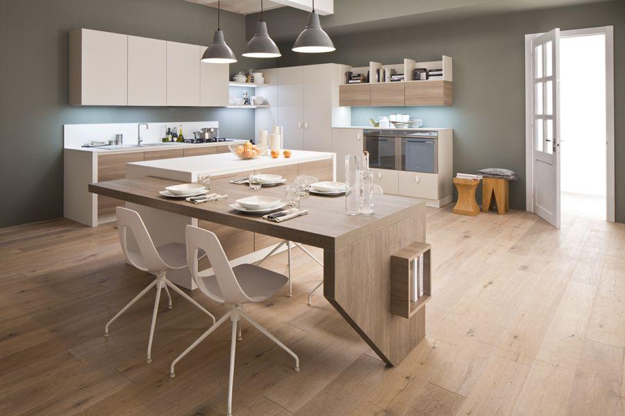 GIADA  Arduo considerarla solo una cucina Questa nuova composizione diventa glam colorata