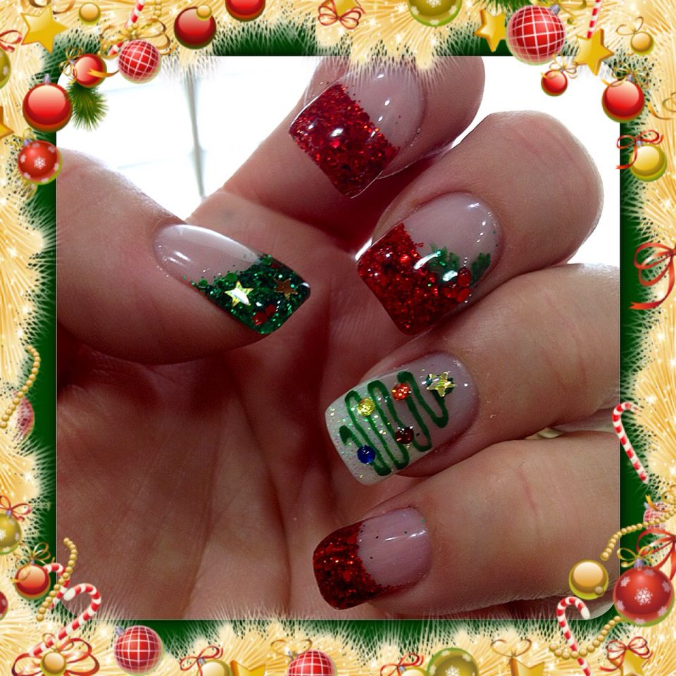 Christmas gel nails with Christmas trees, holly and green
