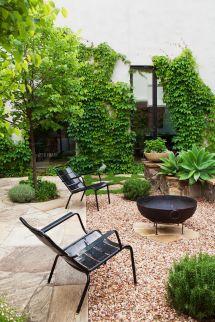 Elegant Eclectic Garden In South Yarra
