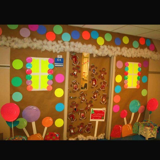 Gingerbread door decoration