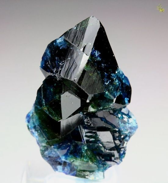 Lazulite A Blue Phosphate Mineral Containing Magnesium