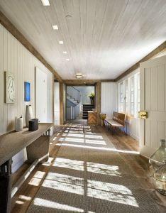 Dustjacketatticspot new englandentrance hallshouse also hallway pinterest interiors rh