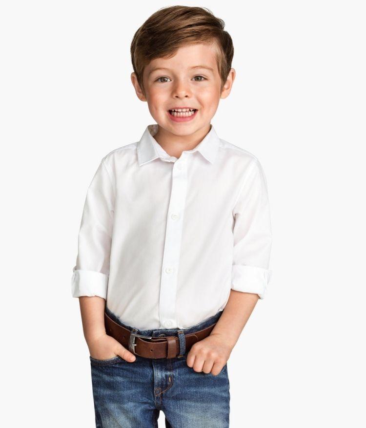 Ein Charmanter Kleiner Mann Mit Weißem Hemd Und Klassischen Jeans