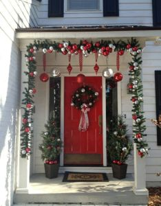 Deco de veranda noel idees et exemples qui plaisent christmas porch ideaschristmas decorating also rh pinterest