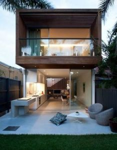 North bondi house by mck architects simple design good use of cantilevered covered wood deck flexible open plan also fachadas de casas estreitas arquitetura pinterest outdoor rh