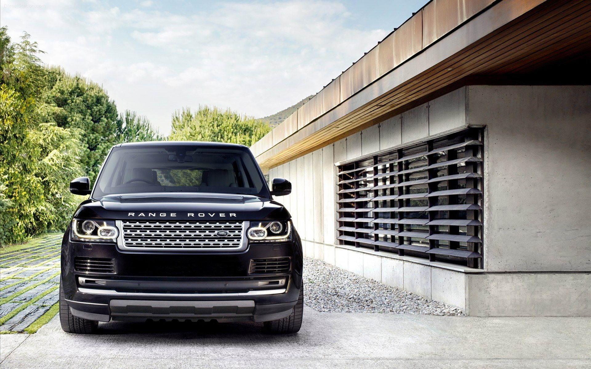 The all new 2013 Land Rover Range Rover Nice to see it still has