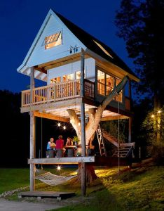 Adult sized treehouse great ideas for the home pinterest tree houses and backyard also rh