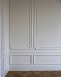 Classic architectural wall embellishments featuring ...