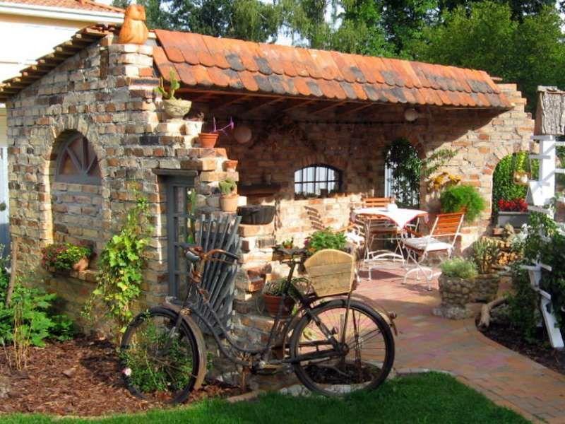 Antike Baustoffe  Klassischer Garten von AntikStein  homify  AntikStein  Gartengestaltung