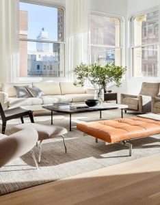 Bringing soul into space cast iron house interiors by brad ford at franklin street in new york city was built james white also llevando el alma al espacio momocca interiores pinterest rh