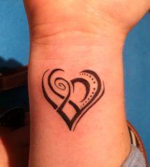 Awesome Tribal Tattoo Art Design Ideas - Heart
