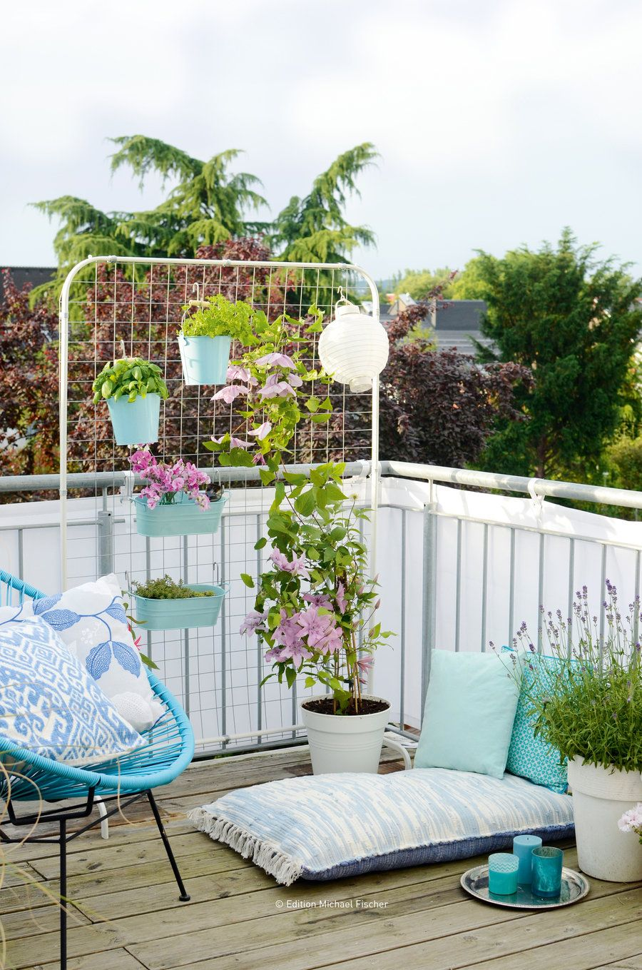 wohntipps balkon gestaltung deko. Black Bedroom Furniture Sets. Home Design Ideas