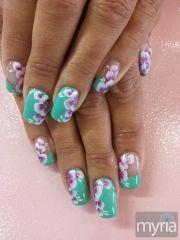 mint green gel polish with